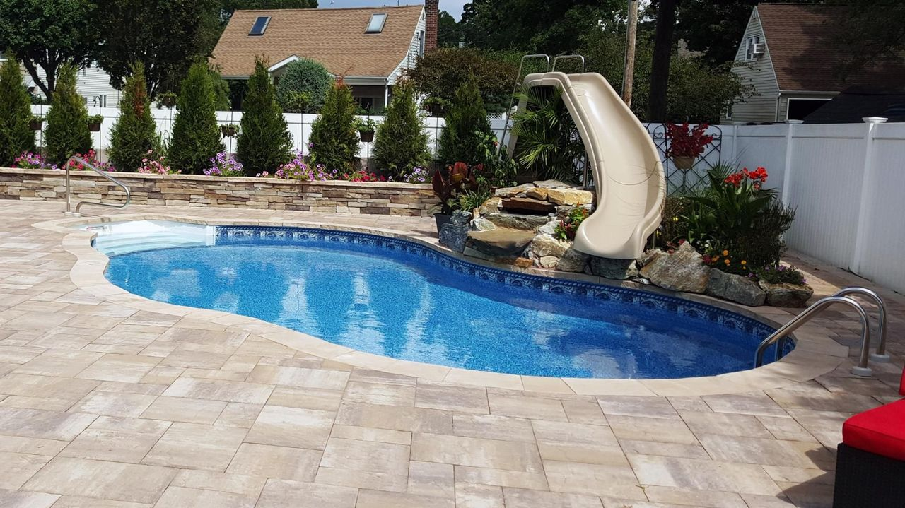 Does My Pool Have a Leak?