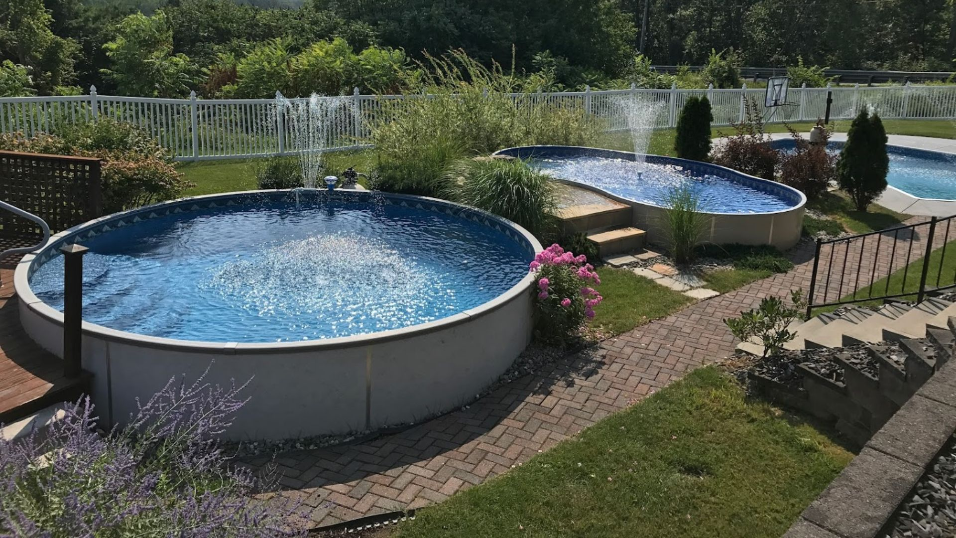 Landscaping Tips Around an Above Ground Pool