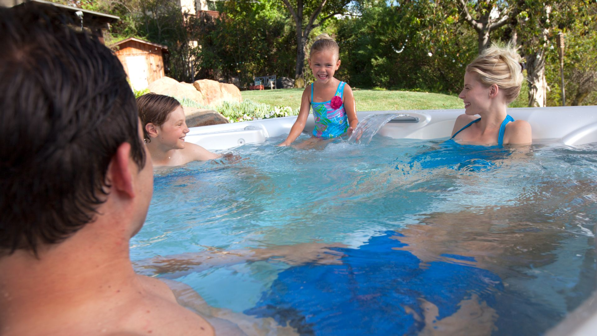 3 Ideas for the Best Family Swimcation at Home